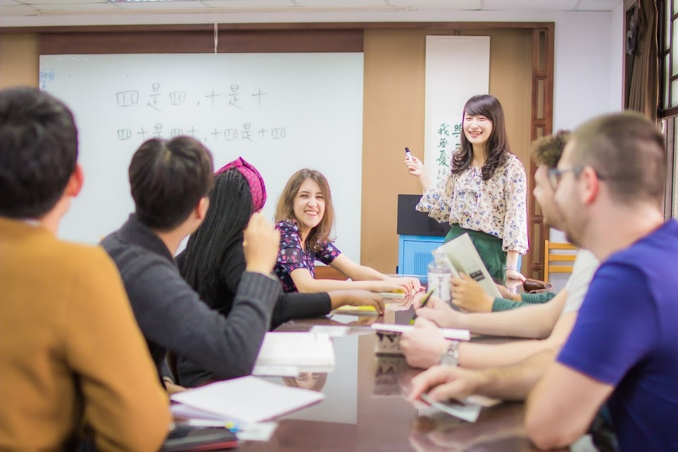 Learn Chinese at Wenzao
